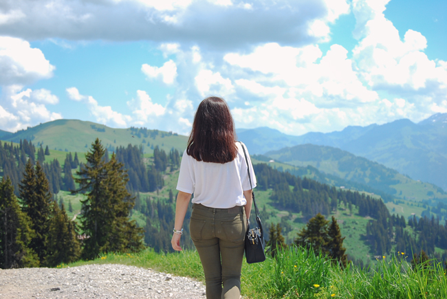 06-chiara-lanero-travel-blogger-rellerli-mountain-switzerland-adventure-alps