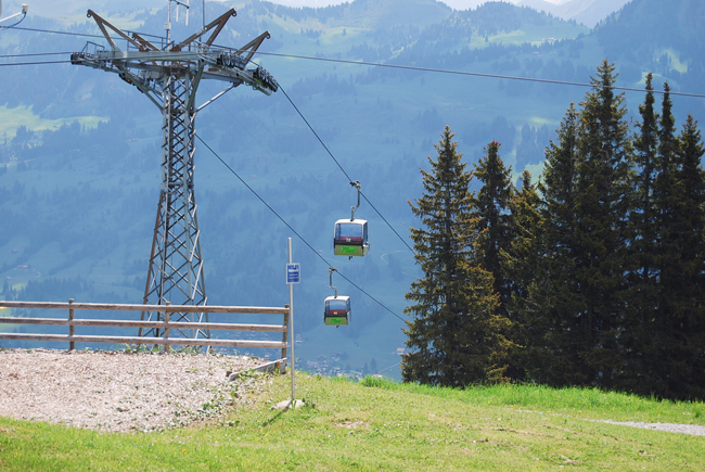 07-chiara-lanero-travel-blogger-rellerli-mountain-switzerland-adventure-alps