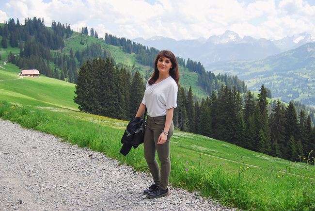 12-chiara-lanero-travel-blogger-rellerli-mountain-switzerland-adventure-alps