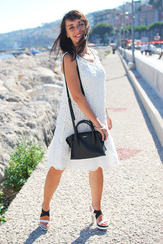 13-chiara-lanero-fashion-blogger-desigual-dress-summer-white