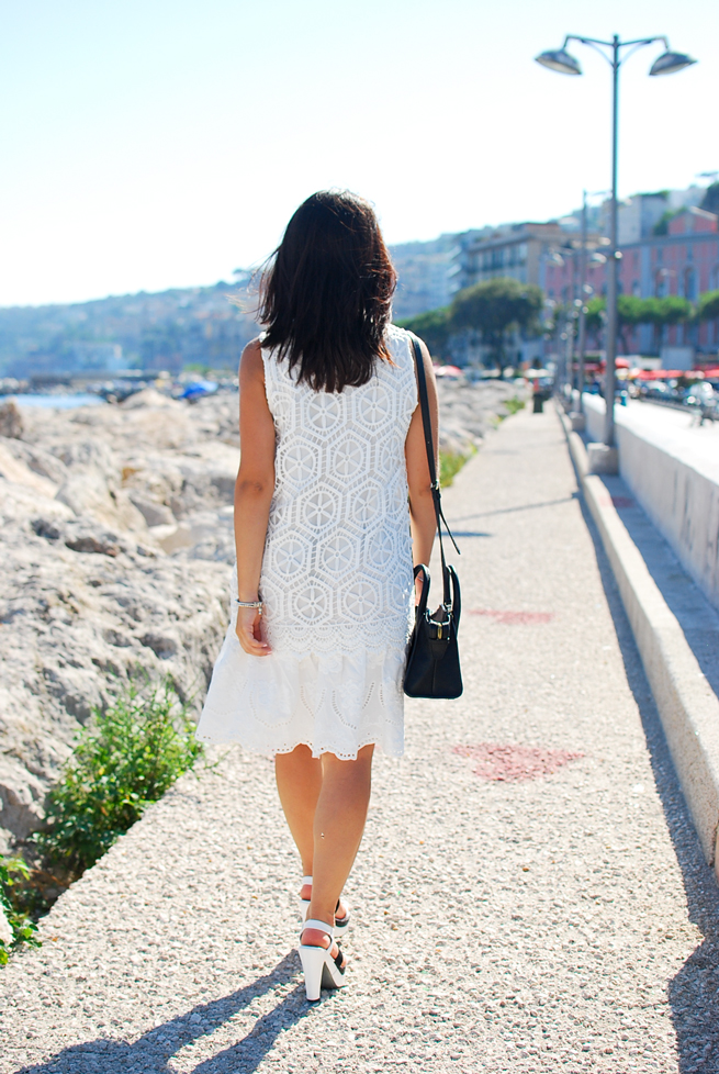14-chiara-lanero-fashion-blogger-desigual-dress-summer-white