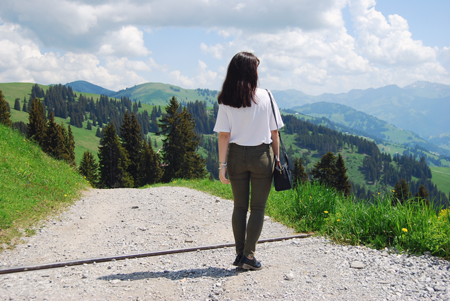 14-chiara-lanero-travel-blogger-rellerli-mountain-switzerland-adventure-alps