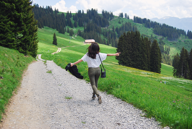 19-chiara-lanero-travel-blogger-rellerli-mountain-switzerland-adventure-alps