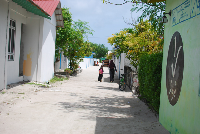 03-chiara-lanero-travel-blogger-maldives-island-excursion