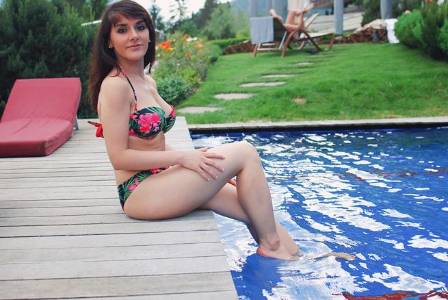 07-chiara-lanero-fashion-blogger-napoli-svizzera-piscina-pool-ermitage-hotel-tezenis