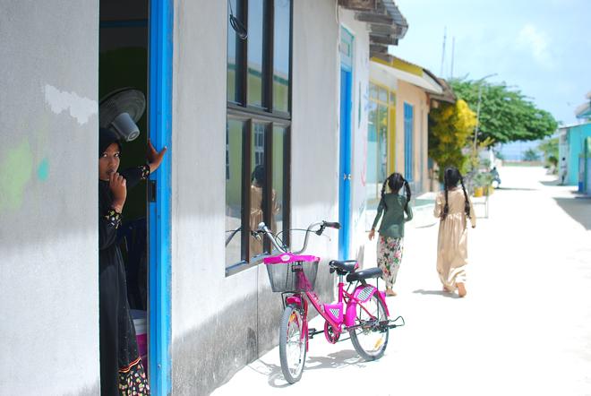 10-chiara-lanero-travel-blogger-maldives-island-excursion