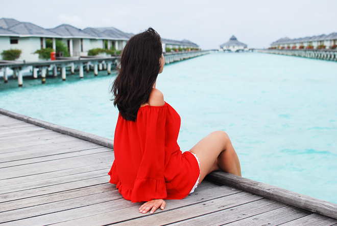 04-chiara-lanero-travel-blogger-maldives-resort-indian-ocean