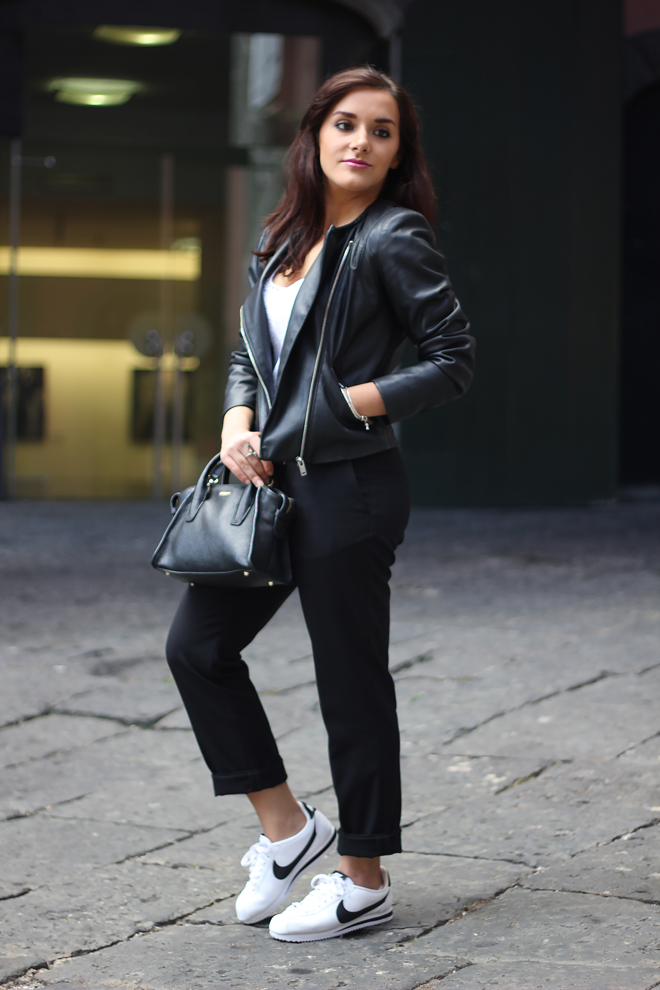 02-chiara-lanero-fashion-blogger-napoli-outfit-leather-jacket-zara-dkny-nike-cortez