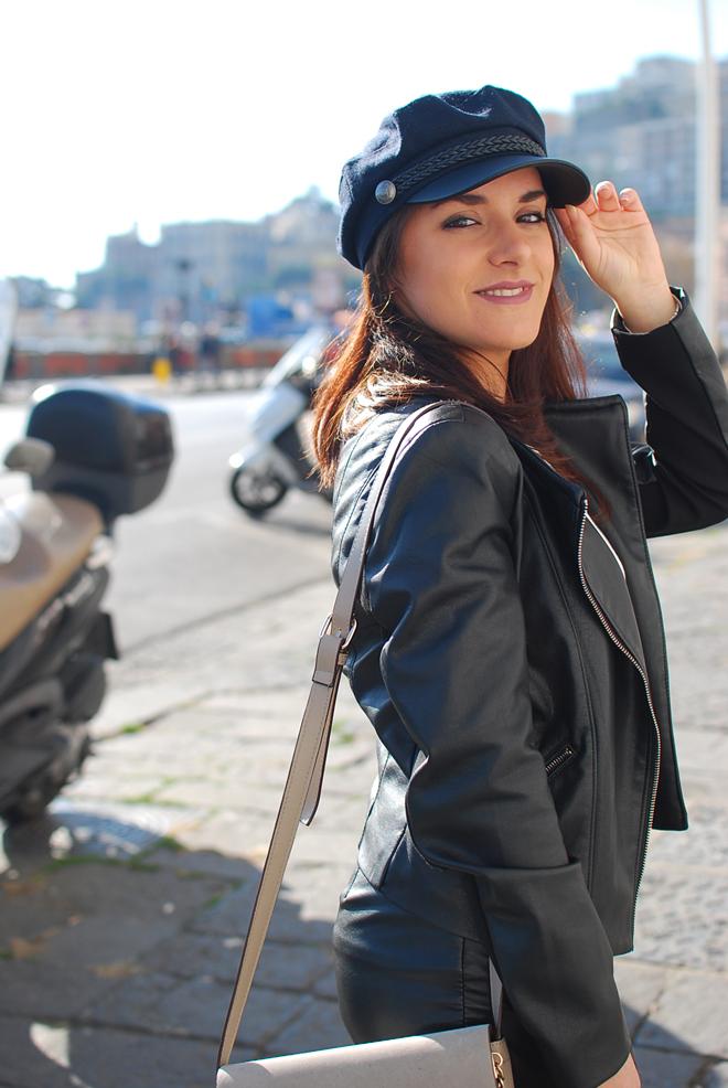 06-chiara-lanero-fashion-blogger-napoli-outfit-fishnet-tights-calzedonia-zara-rock-leather-jacket