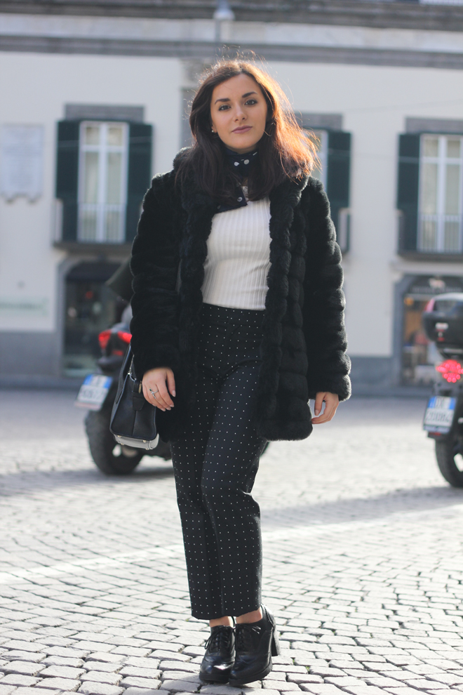 02-chiara-lanero-fashion-blogger-napoli-outfit-faux-fur-zara-trousers-dkny-winter