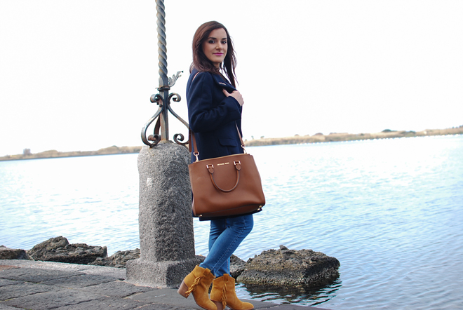 13-chiara-lanero-fashion-blogger-napoli-michael-kors-mango-coat-denim-casina-vanvitelliana