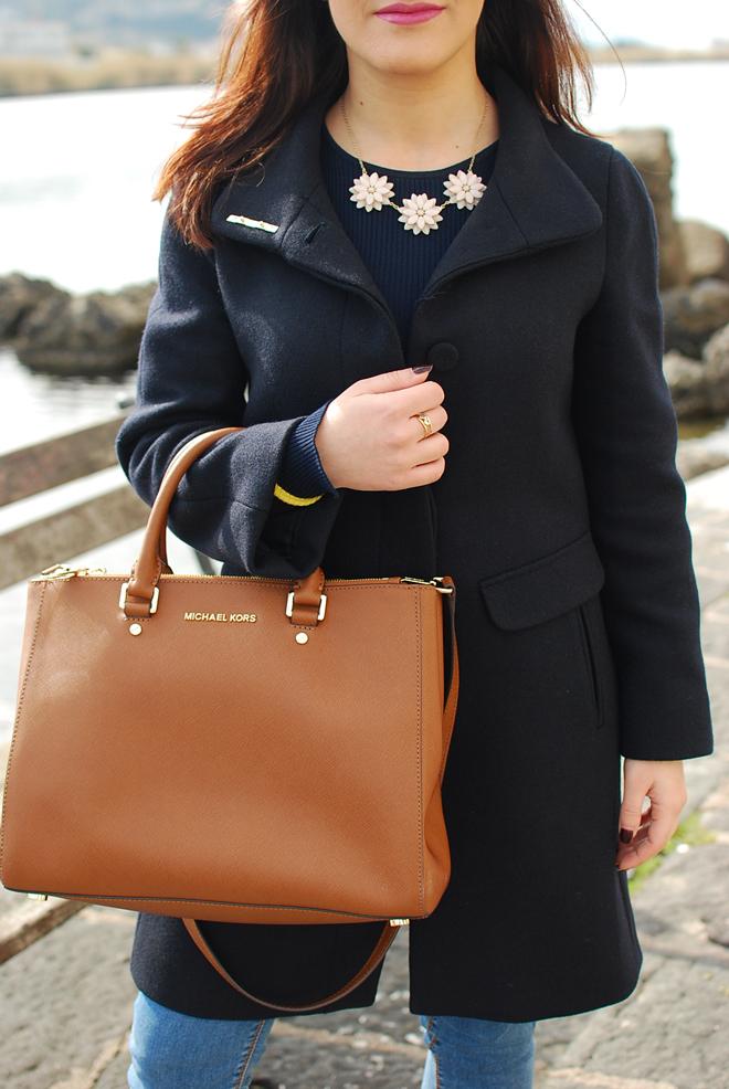 16-chiara-lanero-fashion-blogger-napoli-michael-kors-mango-coat-denim-casina-vanvitelliana